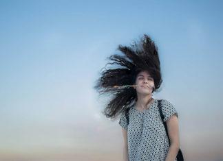 Na czym polega implantacja włosów i kiedy warto ją rozważyć?